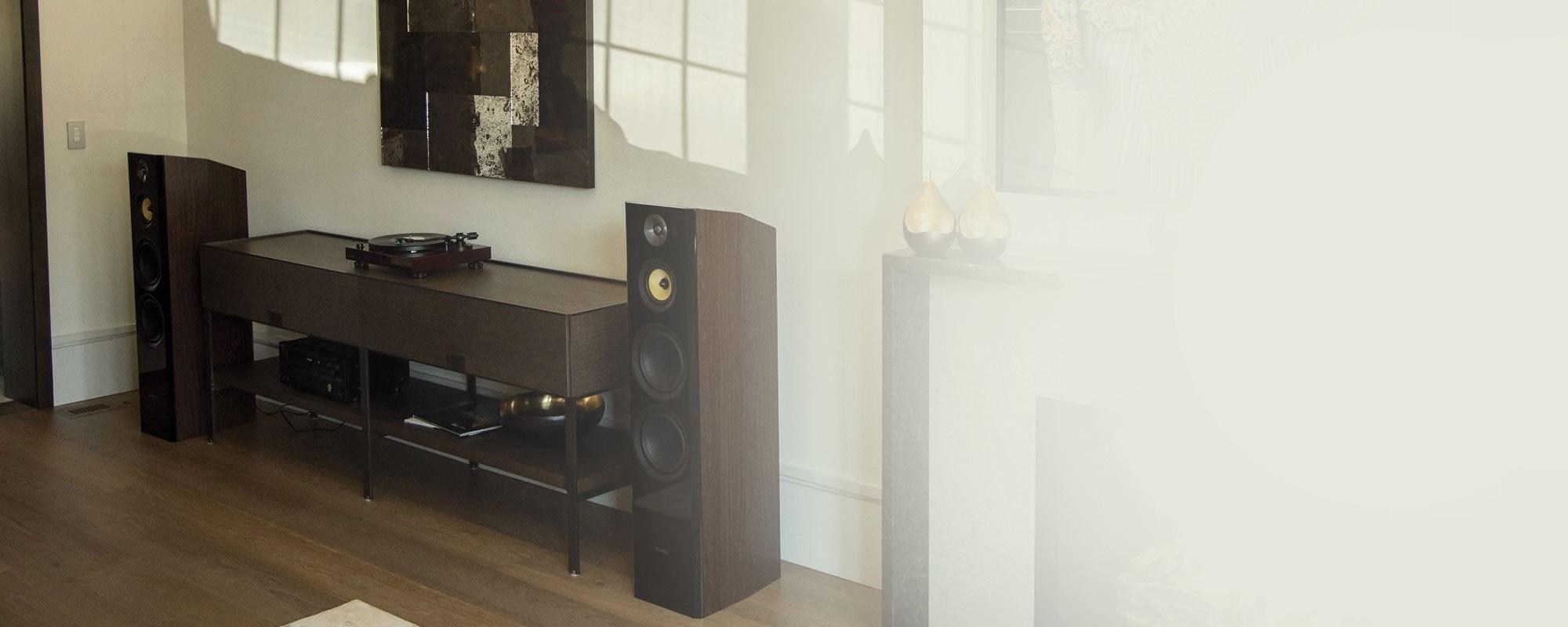 Signature Series Natural Walnut Hi-Fi Three-way Floorstanding Speakers - Lifestyle