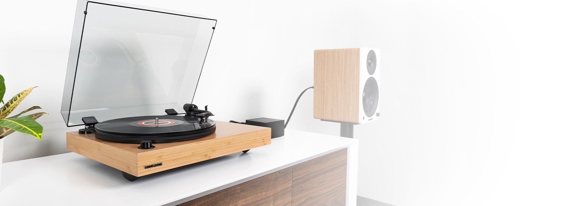 RT82B Reference High Fidelity Vinyl Turntable - Lifestyle
