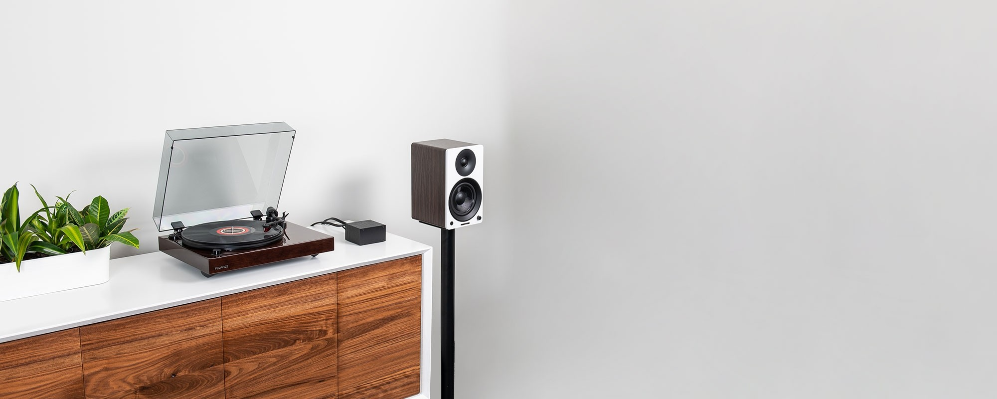 """Reference RT83 High Fidelity Vinyl Turntable with PA10 Phono Preamp and Ai41 Powered 5"""" Bookshelf Speakers - Lifestyle"""