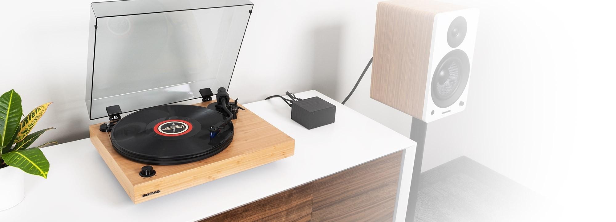 RT84B Reference High Fidelity Vinyl Turntable - Lifestyle Desktop