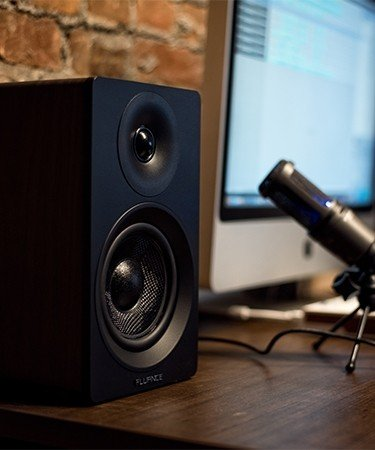 "Ai40 Powered 5"" Bookshelf Speakers"