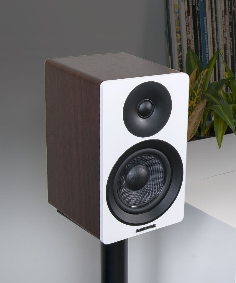 "Ai40WW Powered 5"" Bookshelf Speakers - Desktop Lifestyle"