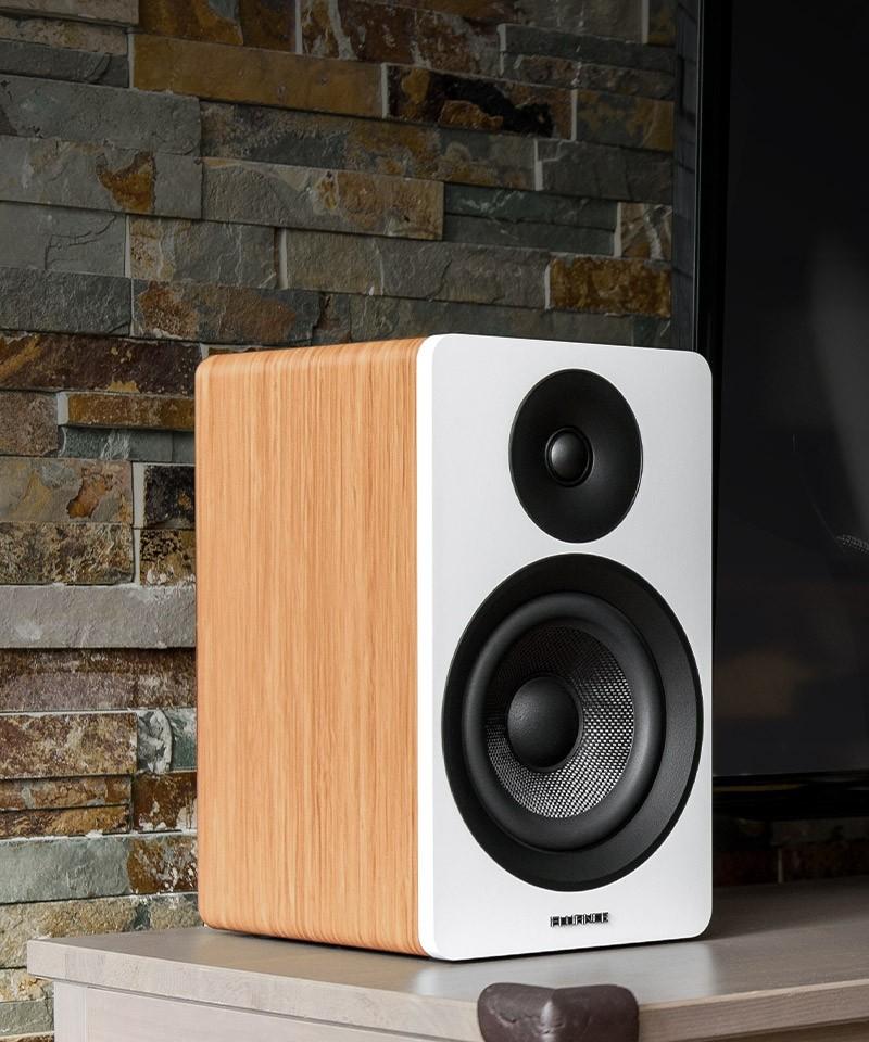 """Ai61W Powered 6.5"""" Stereo Bookshelf Speakers"""