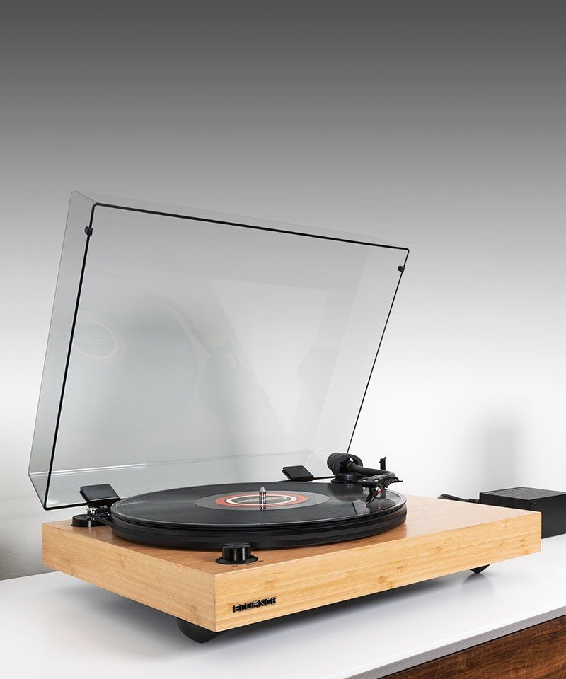 RT82B Reference High Fidelity Vinyl Turntable - Mobile Lifestyle