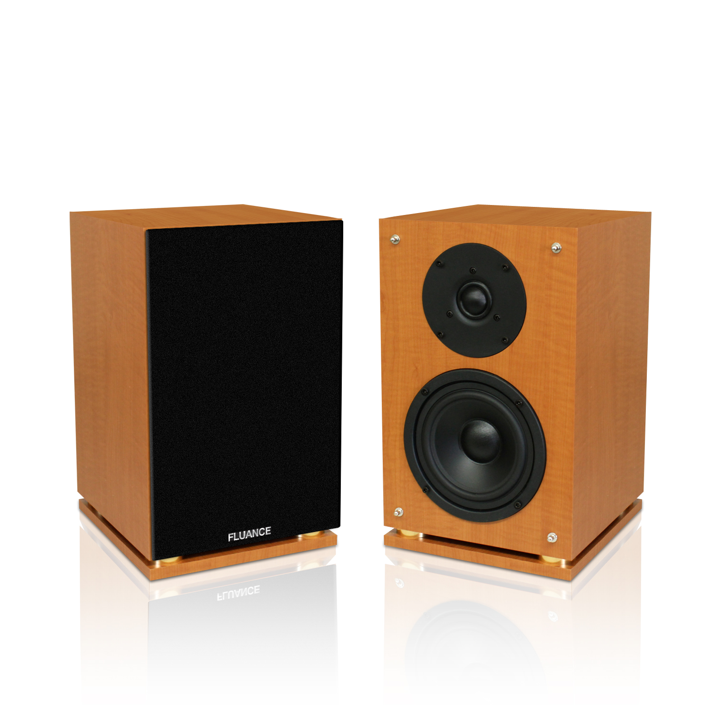 Classic Elite High Definition Two-way Bookshelf Loudspeakers