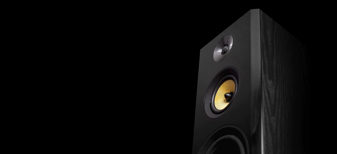 Signature Hi-Fi Three-Way Floorstanding Speakers