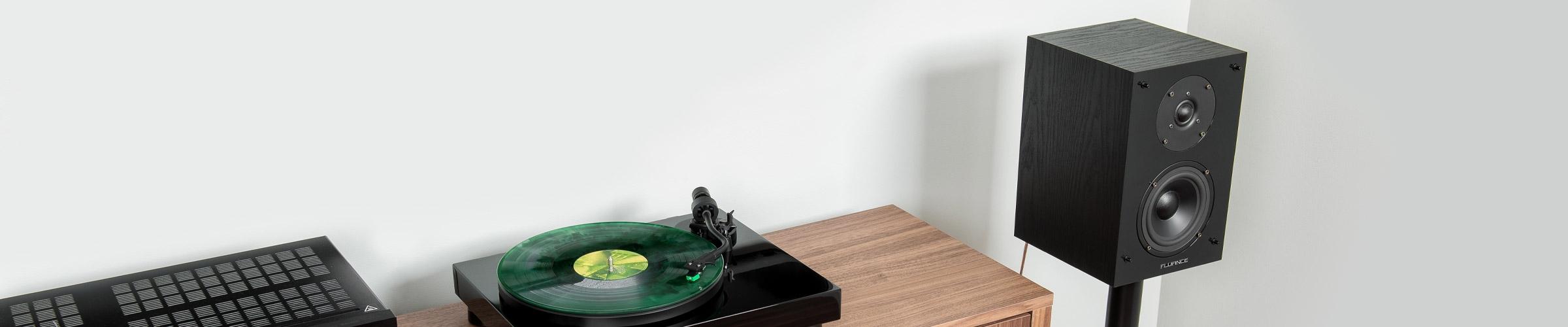 SX6-BK Bookshelf Surround Sound Speakers Intro