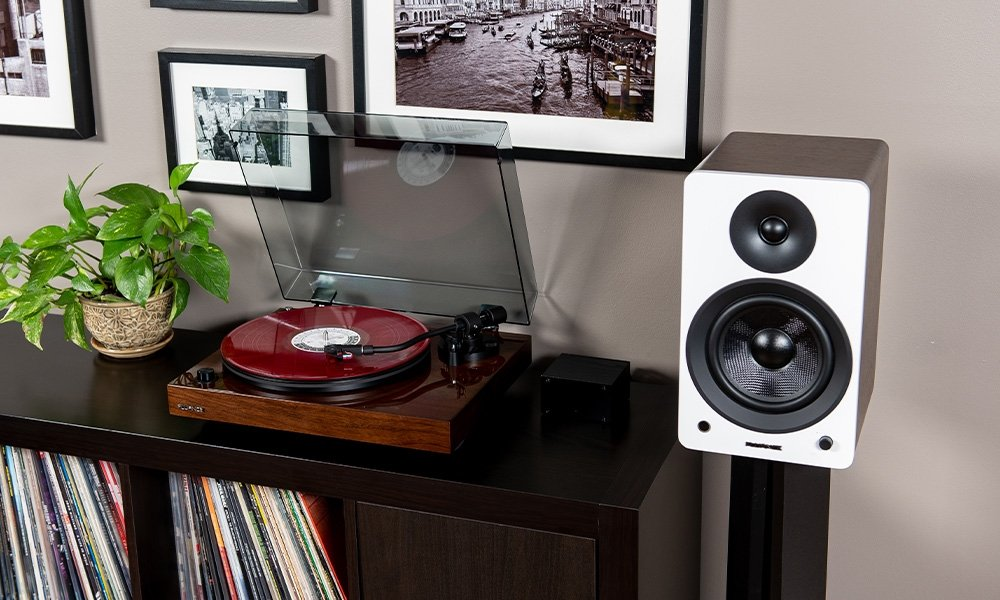 Fluance Turntables and Speakers
